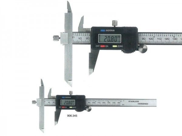 Digital caliper with slidable measuring jaw 0-300