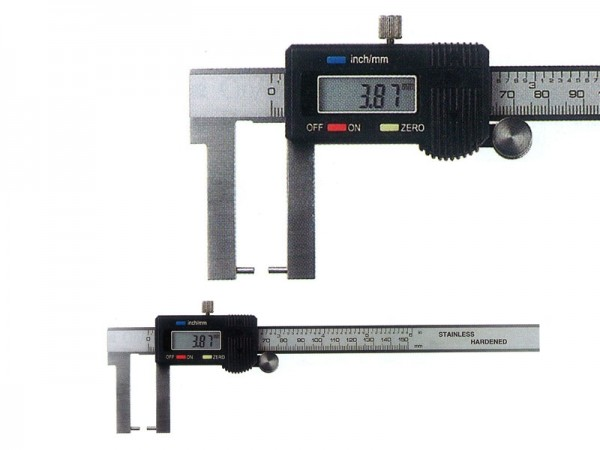 Digital caliper with inside angled measuring jaws 0-150