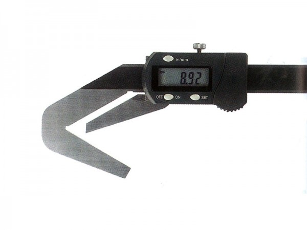 Digital caliper with prismatic anvil (3 fluted objects) 4-40