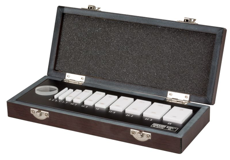 Set of steel gauges for micrometer inspection 0.