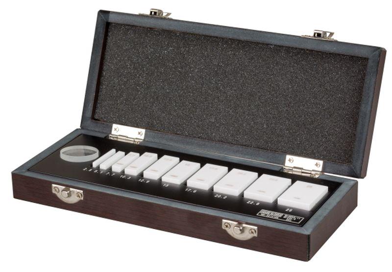 Set of ceramic gauges for micrometer inspection I.